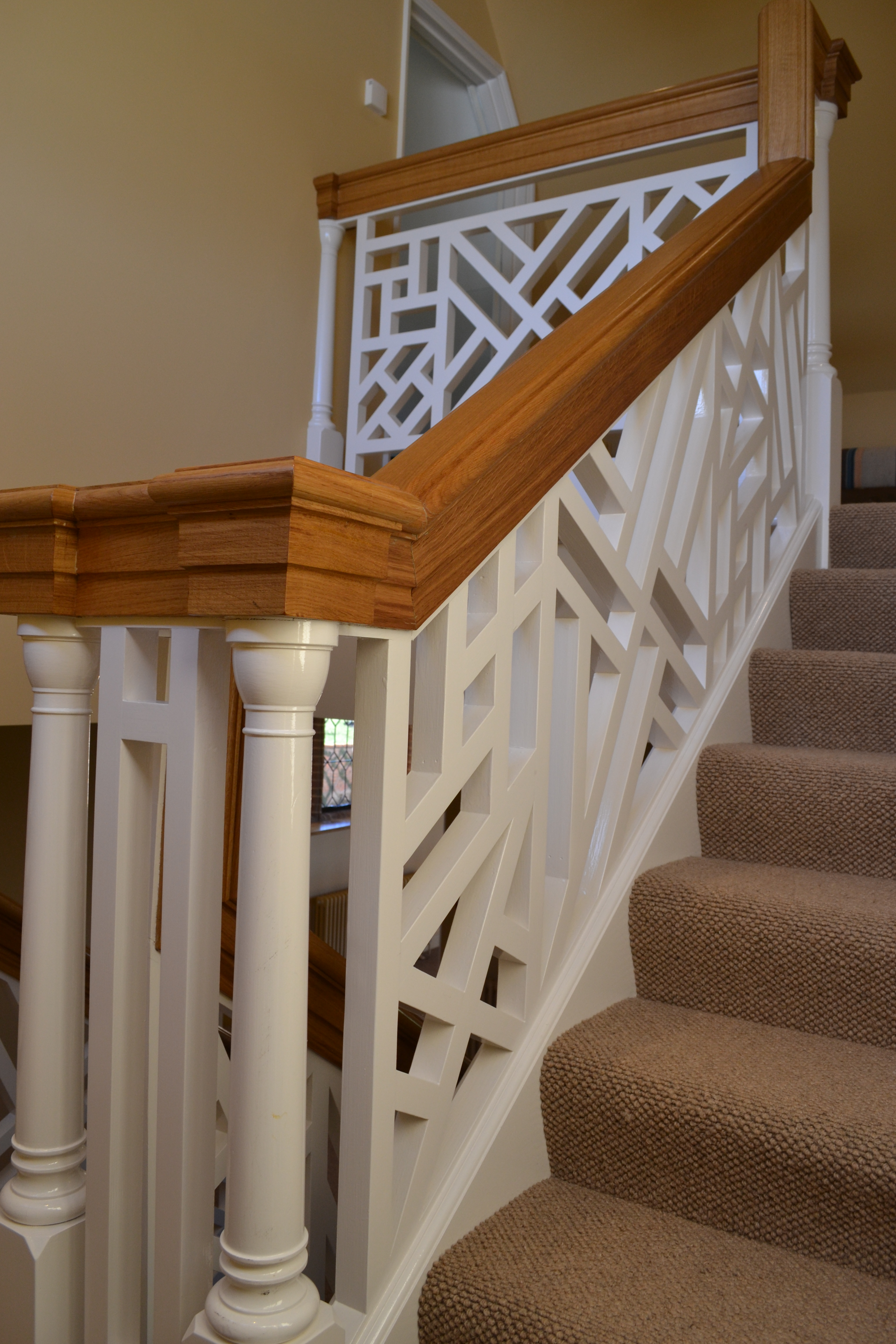 Contemporary Oak Designer Staircase